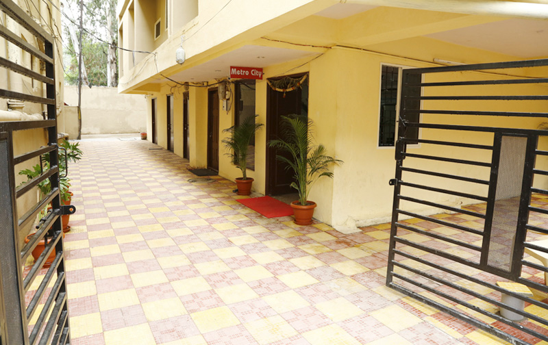 paying guest rooms in hyderabad